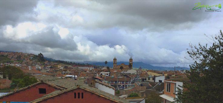 Desde donde la mires nuestra #Zipaquirá es Realmente Mágica. #Zipaquiráturistica #FestivalSalinero2015 #Colombia #larespuestaesCOlombia