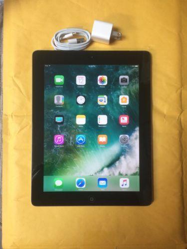 Apple iPad 4th Generation 32GB Wi-Fi 9.7in - Black