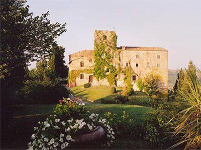 Castello Poccianti - 23 pax - San Casciano Val di Pesa, Florence.. http://www.ciaoitalyvillas.com/
