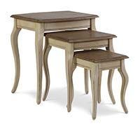Ensemble de 3 tables basses carrées antiques pieds galbés - Bois
