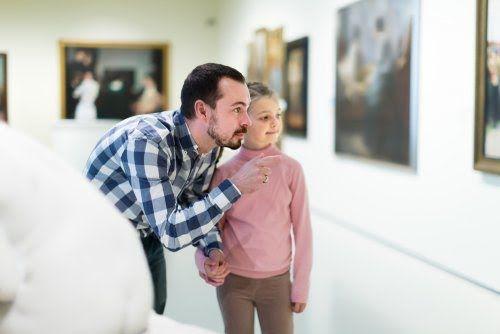Enseñar a los niños a expresar los sentimientos es un pilar fundamental en su educación. En este artículo te damos algunas claves.