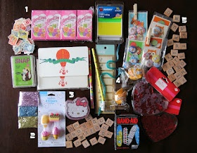 25 Things to send your penpal, Great article! So many things I would never have thought of!