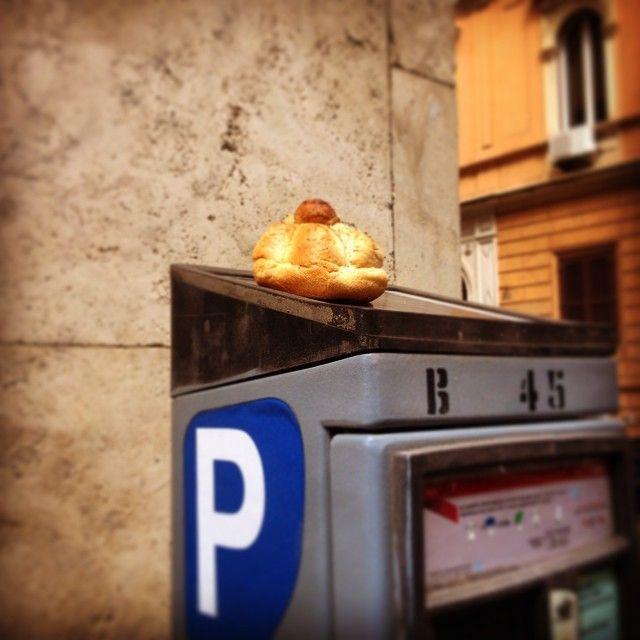 Pane e parcheggio #rome #italy #roma #italia #castropretorio
