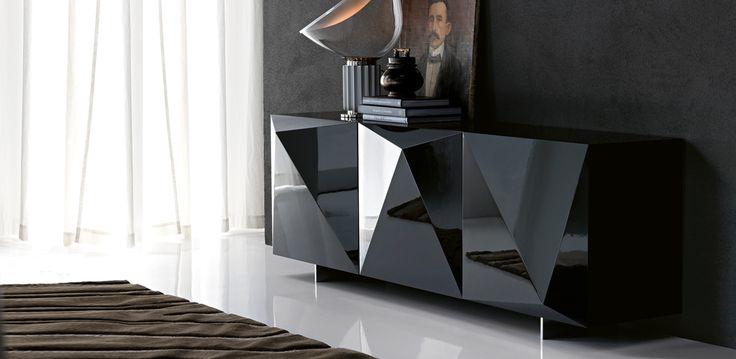 Kayak komoda černá / Cabinet
