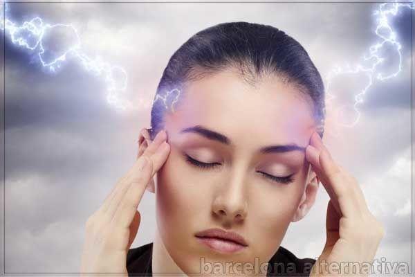 La Migraña es un molesto dolor de cabeza profundo que puede aliviarse con éxito usando remedios natural La migraña es una afección muy frecuente sobre todo en las mujeres. Se trata de un dolor de cabeza intenso que quita la capacidad de realizar cualquier actividad física, la migraña es una enfermedad genética y afecta entre …
