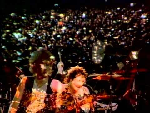 Music video by Aerosmith performing Dream On. (C) 1973 SONY BMG MUSIC ENTERTAINMENT
