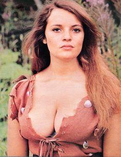 Resultado de imagen para Dana Gillespie, in The People that Time Forgot (1977)