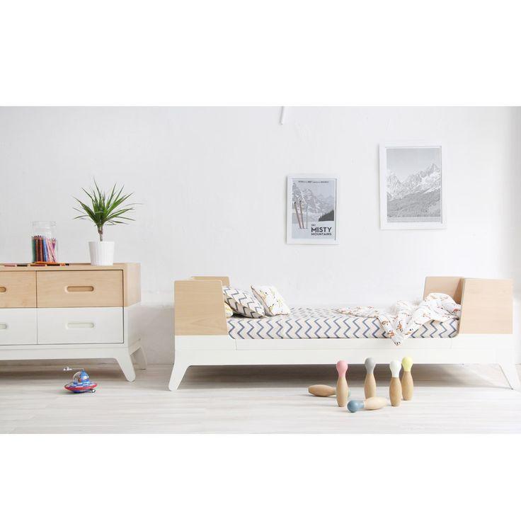 les 67 meilleures images du tableau d co b b sur pinterest chambre enfant chambre filles et. Black Bedroom Furniture Sets. Home Design Ideas