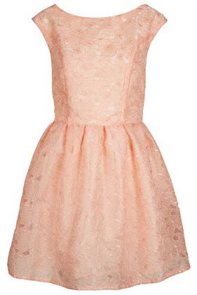 Delicate Organza Prom Dress in Peach for Easter?