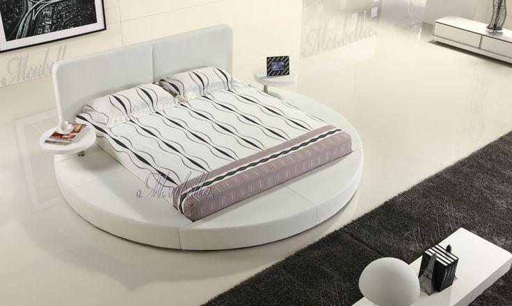 Rond bed met drink stands in wit kunstleer!  Nu verkrijgbaar in de maat 160x200  http://www.meubella.nl/aanbiedingen-/-uitverkoop/bedden/3199-bed-bolino-showroommodel-160x200.html