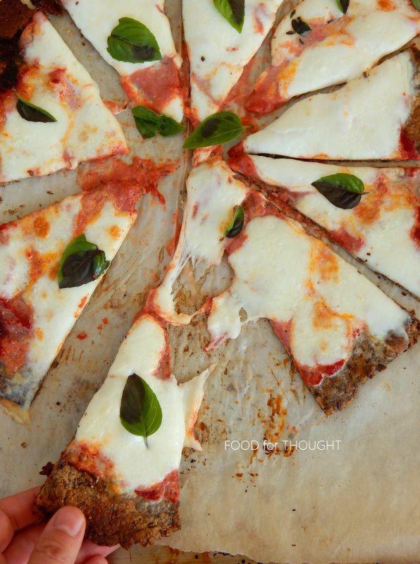 Food for thought: Ζύμη πίτσας χωρίς γλουτένη με λιναρόσπορο, κολοκυθόσπορο και αμύγδαλα