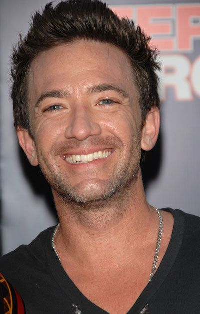 David Faustino - Voice of Mako {The Last Airbender - Legend of Korra}