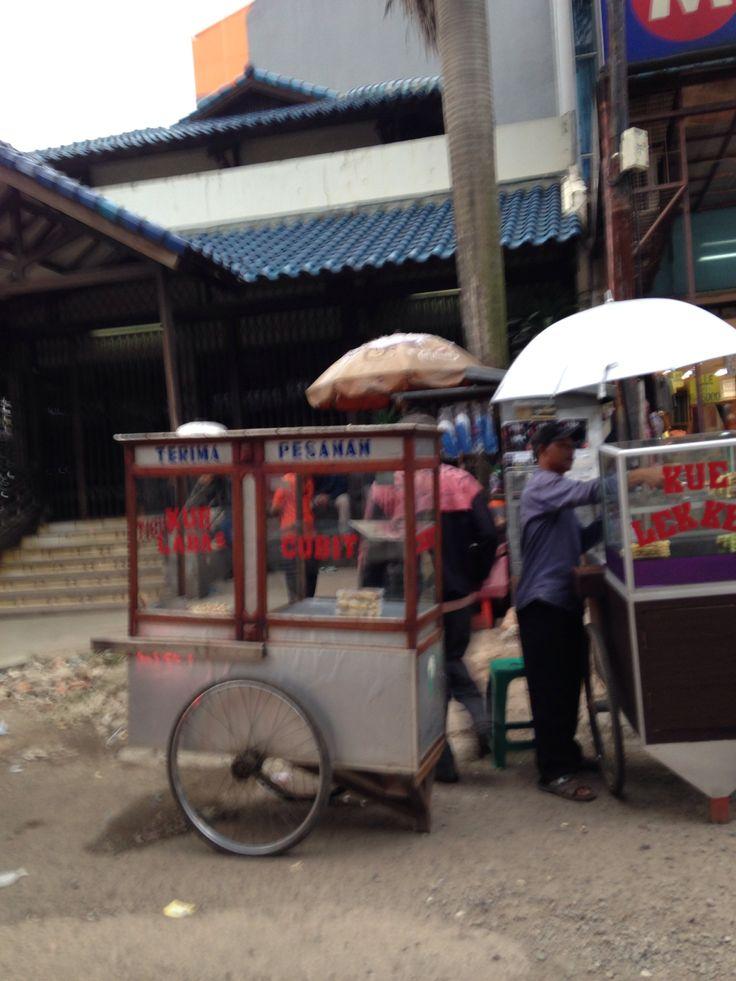 Jakarta Pasar Mayestik Kaki Lima