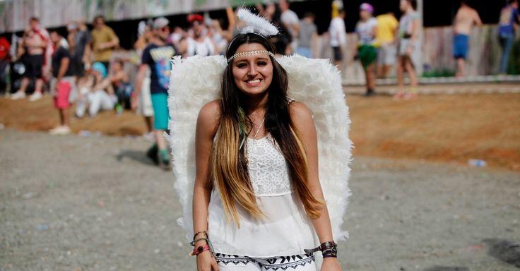 Fantasia de anjo foi a escolha de jovem que foi à Fazenda Maeda, em Itu, curtir…