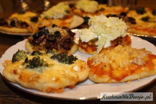 070-mini-pizza-w-4-smakach-cz-ii-kuchniawedwoje-pl