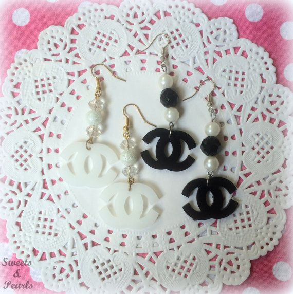 Miniature Acrylic Laser Cut Plexiglass Earrings Hooks/Black and White Fashion Crystal Beads Pearls/Silver Plated/Jewelry Handmade Decoden