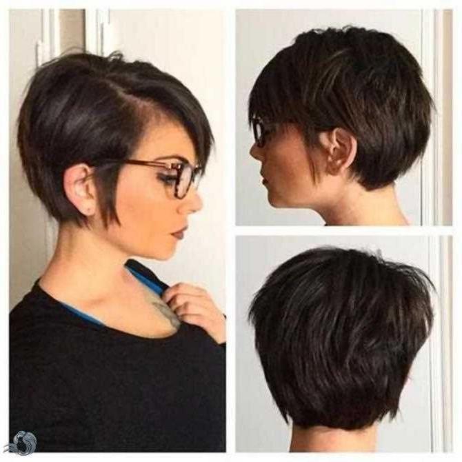 Pixie Frisuren Erfordern Wenig Aufwand Um Sie Zu Stiln Und Gut Zu Pflegen Dennoch Sollten Sie I Haircut For Thick Hair Thick Hair Styles Pixie Bob Hairstyles