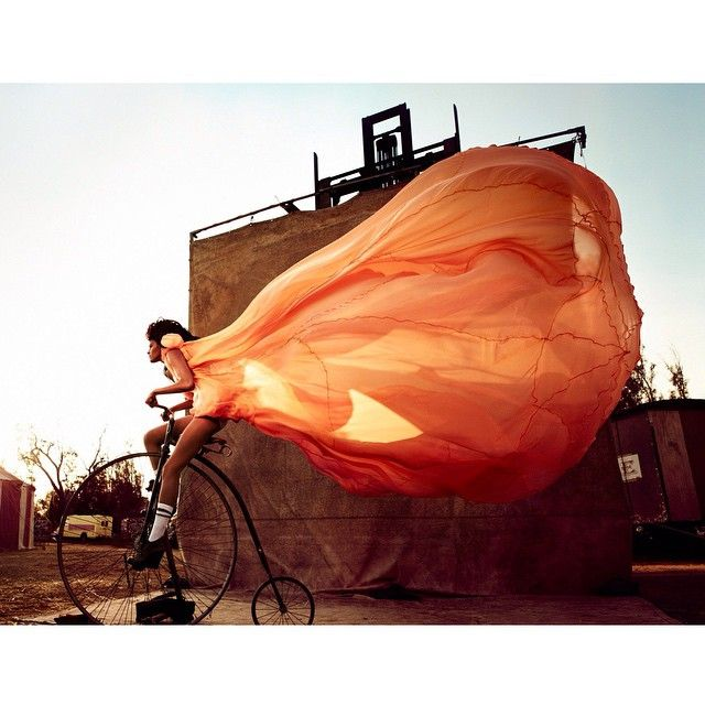 725 vind-ik-leuks, 10 reacties - Peggy Schuller (@peggyschuller) op Instagram: 'my biking cloud for our #circus shoot in 2010 for the book #90daysonedream - #gntm #winner alisar -…'