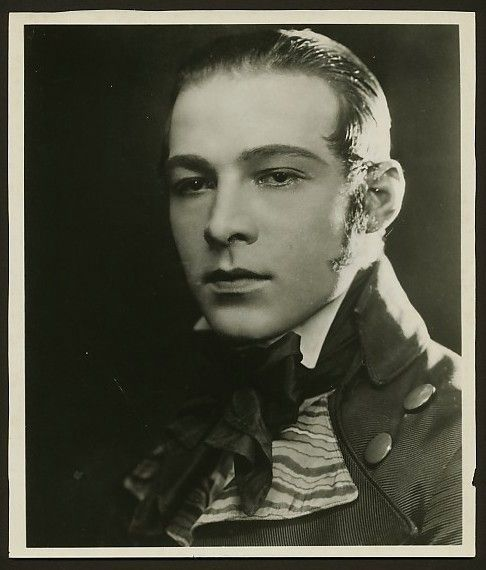 Rudolph Valentino | Collectibles: Photos from Beyond the Rocks