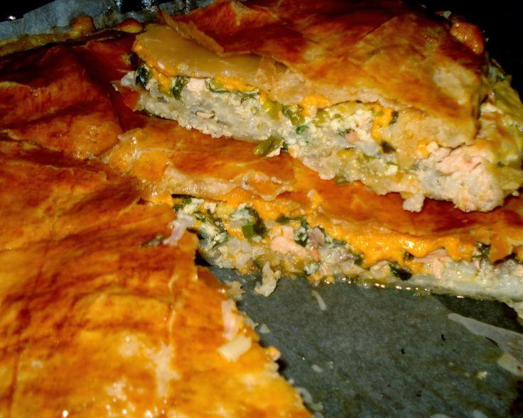 """Кулинария: """"Мой фирменный пирог с рыбой и зеленым луком"""""""