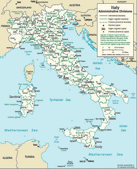 Italy map with capitals and provinces and small maps of