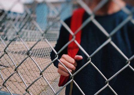 Ο έφηβος και οι κακές παρέες
