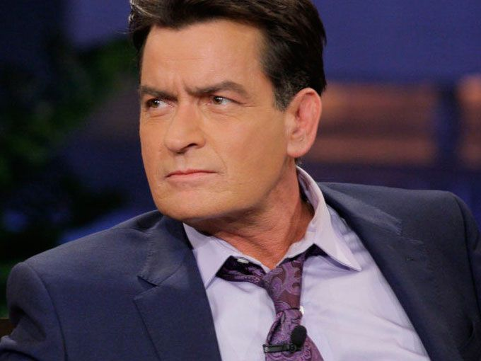 Charlie Sheen es VIH positivo