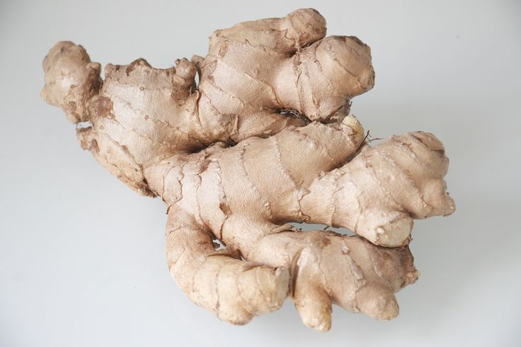 Use ginger root to treat an itchy scalp naturally!