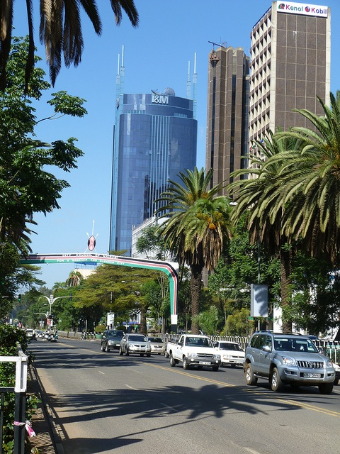 Kenyatta Avenue | The cosmopolitan city of Nairobi offers more than just safaris http://www.augustuscollection.com/cosmopolitan-city-nairobi-offers-just-safaris/