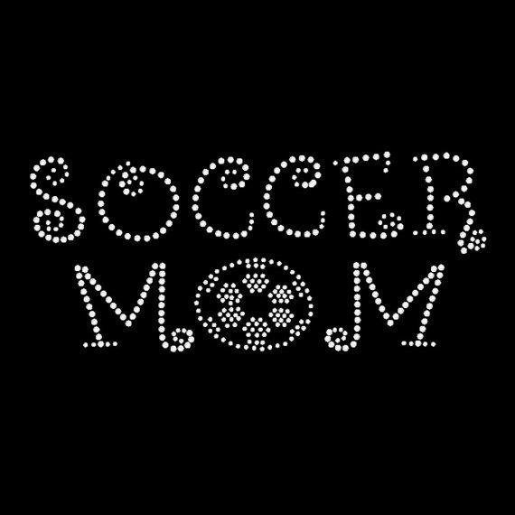 Soccer Mom strass chemise/strass Soccer Mom chemise/Tshirt.  Soccer mom bling!  Jolie maman fière de football cadeau!  Cadeaux de cadeau de fête des mères