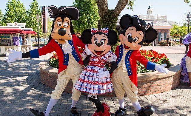 Disney celebrate america logo | Dia da Independência dos Estados Unidos está chegando, e os ...