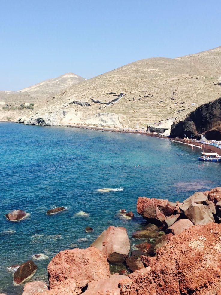 Mykonos e Santorini são as paradas mais conhecidas, mas as Ilhas Gregas guardam muitas praias e pontos para se explorar; confira o roteiro!