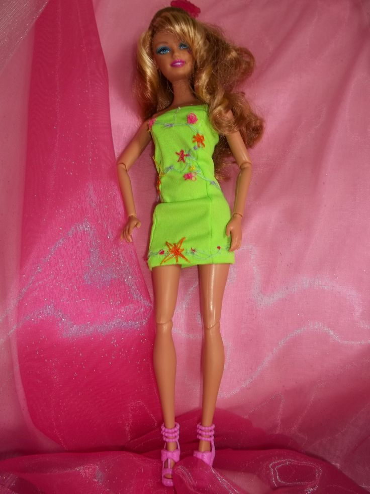 9 best My Fashion Doll Gowns images on Pinterest | Barbie doll and ...