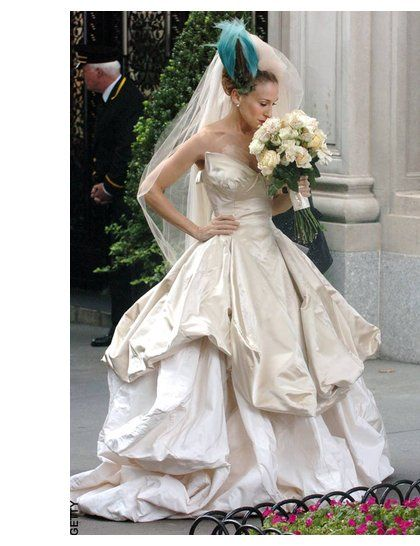 Carrie Bradshaw wears Vivienne Westwood to marry 'Big' in the first Sex and the City film