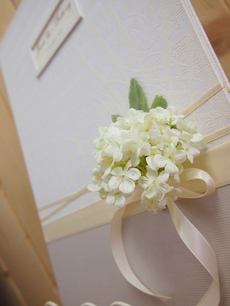 Pegeo Wedding Certificate Holder / white hydrangea