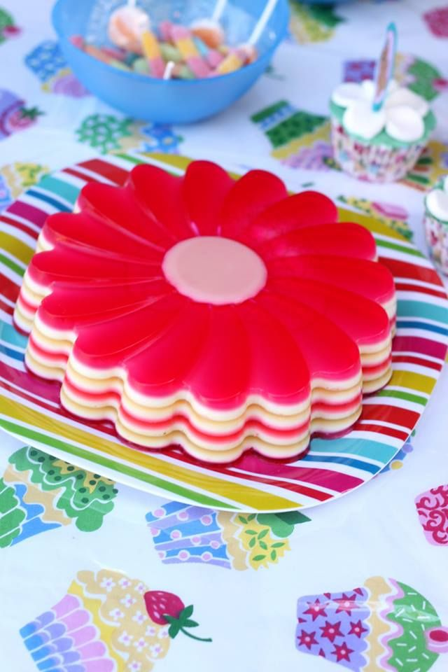 Jelly and condensed milk cake