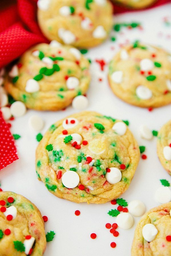 25+ Easy Christmas Cookies Recipes to Try this Year! food