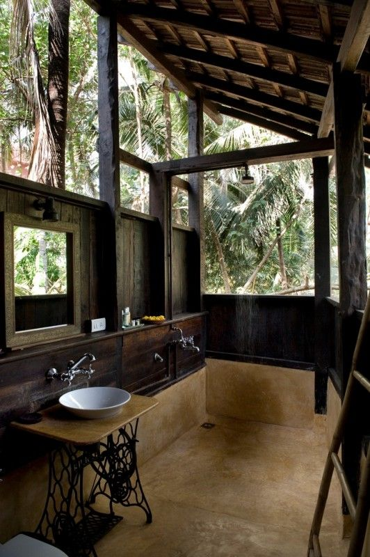 Mango Tree-house : Ashiyana Yoga Retreat Village, Goa - India