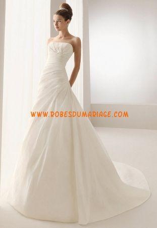 Aire Barcelona robe de mariée bustier glamour longue empire décorée d'appliques satin Style Basilea