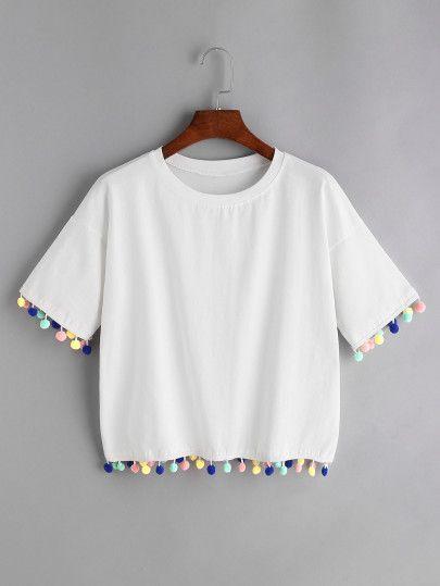 Camiseta de hombro caído con pompones - blanco