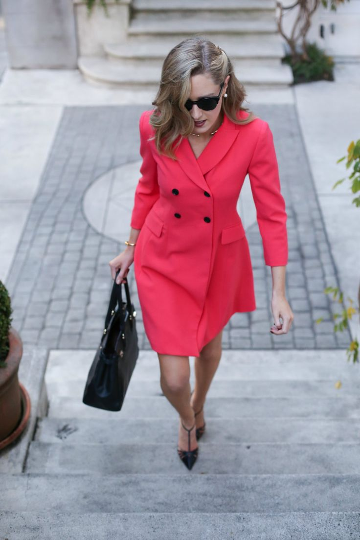 7-red-double-breasted-suit-dress-ellen-tracey-working-women-work-style-office-attire-business-fashion-style-blog-mary-orton-memorandum-san-francisco-sf