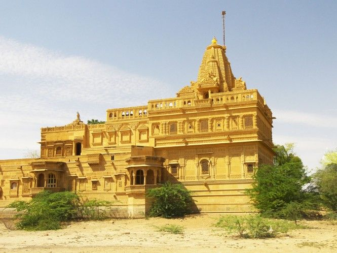 Located adjacent to the famous Amar Sagar Lake and south of Lodurva, there is a Jain Temple dedicated to Lord Parshwanath, called Adeshwar Nath Jain temple.