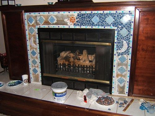 peacock mosaic fireplace, originally uploaded by mouchemosaics. In the tropics of Darwin, a fireplace is hardly an issue. But if you do have one, you usually have some kind of surround. Hearths and…
