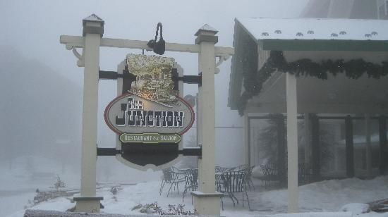 Junction Restaurant and Saloon at snowshoe resort