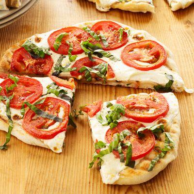 Tomato, Basil, and Fresh Mozzarella Pizza | Recipe | Pizza, Tomato ...