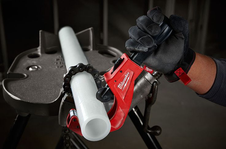 Milwaukee Quick Adjust Tubing Cutter  For copper, PVC, and PEX tubing, you can be sure the two new Milwaukee Quick Adjust Tubing Cutters with chrome-plated rollers will make the cut!  #milwaukeetool #plumbing #plumbers #cutter #pvc #copper #pex #installation  https://www.protoolreviews.com/tools/plumbing/milwaukee-quick-adjust-tubing-cutter/31046/