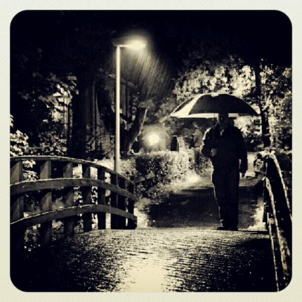 Rainy night n' da hood
