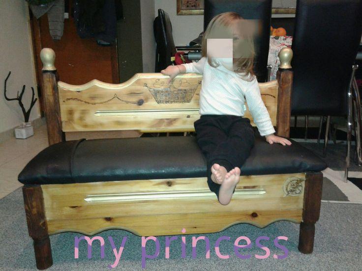 Throne for my little princess  Ο Νέος θρόνος για την πριγκίπισσα μου