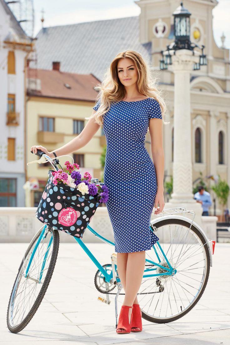 StarShinerS Stillness DarkBlue Dress, short sleeves, form-fitting, elastic fabric