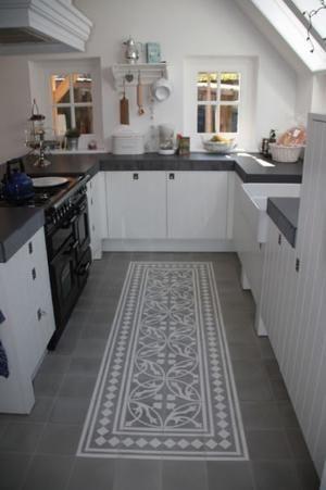 Bekijk de foto van jas2507 met als titel Een portuguese tegelvloer maakt je keuken bijzonder - prachtig! en andere inspirerende plaatjes op Welke.nl.